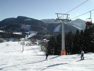 Pohled na lyžaře v Annabergu, Dachstein West