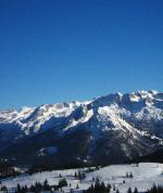 Zasněžená krajina oblasti Dachstein West